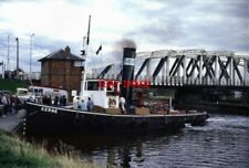 PHOTO  1990 CHESHIRE STEAM TUG KERNE AT ACTON BRIDGE KERNE WAS BACK IN BUSINESS
