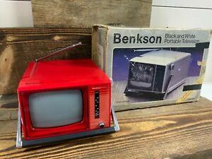 Vintage Benkson PTV7 Portable Black & White Television Red Boxed