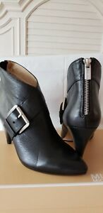 Michael Kors Greenwich  Mid Bootie Ankle Boots Size 7M Black  MK LOGO Zip Back