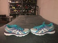 Asics Gel Excite 2 Womens Athletic Running Shoes Size 7.5 Gray Purple Blue