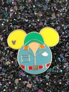 Disney TRADING PIN Muppet vision 3D Cast member uniform Mickey DISNEYLAND world
