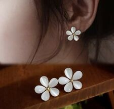 Edle Ohrringe Ohrstecker gold weiß perlmutt Blume Blumen Blüten