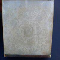 Superbe boîte en nacre Chine XIXème siècle bel état nacre gravé