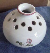 vase pic fleurs faïnce Moustiers fait et peint main h 10,5 cm