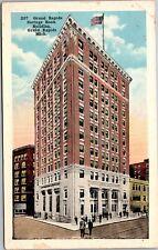 Postcard 1920s Grand Rapids Savings Bank Building MI Flag 207 10676 Heyboer C6