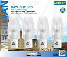 Meridian 5-Lumen Automatic LED Night Light with Built-in Photo Sensor 4-Pack
