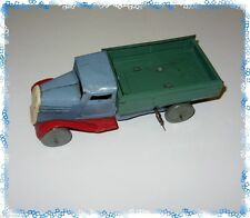 Antike Original-Nutzfahrzeuge (1945-1970) aus Blech