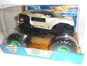 ALIEN INVASION 1:24 Monster Jam, Auto, Coche, Cars Hot Wheels, original vehicle