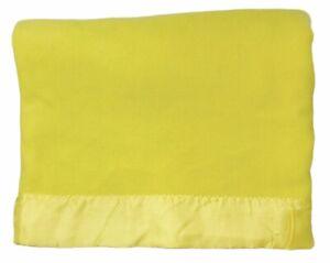 "Fieldcrest Touch of Class Yellow 76"" x 86"" Virgin Acrylic Blanket Satin Trim"