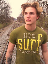 HOLLISTER HCO SURF Olive Embellished 100% Cotton Size S T-Shirt
