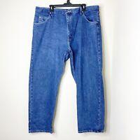 Wrangler Mens Size 42X30 Relaxed Fit Straight Leg Blue Medium Wash Denim Jeans