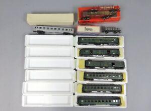 W 82627 Sammlung seltener Metropolitan und Rivarossi Eisenbahnwagen