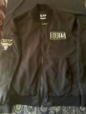 Chicago Bulls UNK NBA Mens Size Medium Long sleeve Jacket GUC