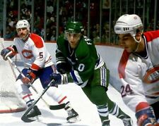 Ron Francis, Chris Chelios Hartford Whalers Montreal Canadiens 8x10 Photo