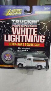 Johnny Lightning White Lightning Truckin' America 1940 Ford Pickup Truck