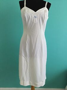 Vintage Womens Slip Shadowline Creamn Lace Blue Flower 34 Tall Nylon