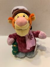 """7"""" Disney Store Holiday Tigger Sweater Scarf Hat Boots Wreath Excellent!"""