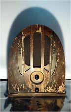 Antique PHILCO MODEL 37-333 CATHEDRAL TUBE RADIO