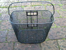 MOBILITY SCOOTER FRONT BASKET. 34 cm x 24 cm x 22 cm WITH CARRYING HANDLE BA-01.