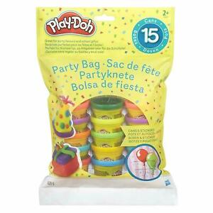 Play-Doh Party Bag - Includes 15 Fun Sized Play-Doh Compound Cans & Stickers
