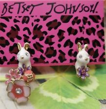 Betsey Johnson Pink White Bunny Rabbit Earrings Crystals Gift Box