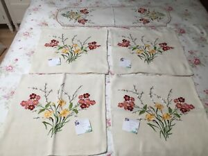 VINTAGE HAND EMBROIDERED CUSHION COVERS / RUNNER DAFFODILS, CATKINS -marks/craft