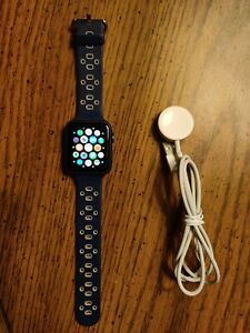 Pre Owned Apple Watch Series 1 42mm Space Grey