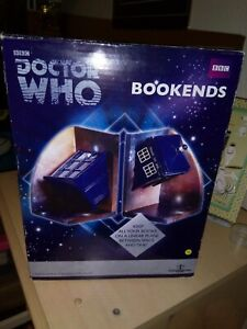 Doctor Who TARDIS Bookends Underground Toys.