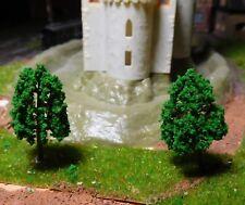 25 mittelgrüne Laubbäume, 40 mm hoch
