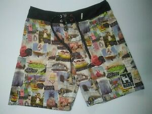 MAMBO mens size Small shorts big tourist attractions landmarks Australia