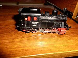Marklin HO Gauge 0-6-0 3029 tank locomotive 3 rail  12 V, DC runs forwards only