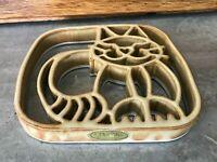 MINT Bay Pottery Cat Trivet Handmade in Virginia Glazed Ceramic Wall Hanging Art