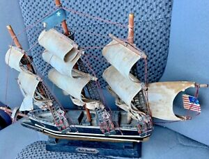 Replica & Model of White Star Line 1853  RED JACKET Sailboat Clipper w/ US Flag