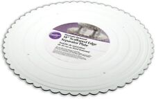 "Wilton 18 "" White Scalloped Edge Round Separator Cake Plates Preffered Decorator"