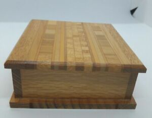 Handmade trinket box in Sovereign wood