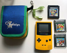 Nintendo Game Boy Color Gelb + Spiele (Game Watch Gallery 2, Pumukl, Lucky Luke)