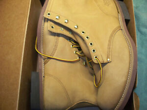 """Field N' Forest 8"""" 8468 Country   Size:11.5 H Brown   Made by Thorogood in USA!"""