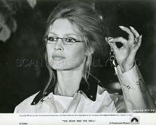 SEXY BRIGITTE BARDOT L'OURS ET LA POUPEE 1970 VINTAGE PHOTO ORIGINAL #5