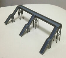 Outland Models Train Railway Overhead Footbridge (3 Entrances) Z / N Gauge