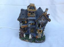 Boyds Halloween Town BooBeary Acres Haunted Mansion lights Up 19750 With Box