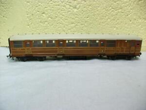 61'6'' Gresley Teak Coach LNER 42884 By Hornby No R.4170C '00'. Very Light Use