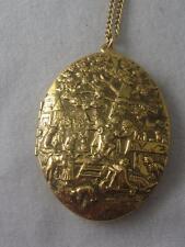 VTG REVLON INTIMATE HEIRLOOM GOLD TONE OVAL PERFUME LOCKET & CHAIN NECKLACE