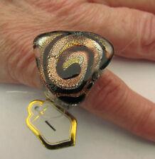 Un anillo de cristal de Murano triangular. UK.. L/m. nosotros.. 6. (25 Mm x 25 MM) (1)
