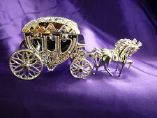 Decoration Cake Topper Occasion Wedding Anniversary Birthday - HORSES & CARRIAGE