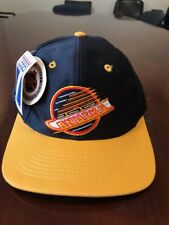 NWT Vintage Vancouver Canucks Black Yellow NHL Hat Baseball Cap Snap Back