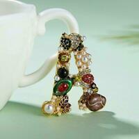Luxus Perlen Kristall Brief Brosche Bunter Frauen Hochzeit Schmuck Braut R0X5