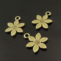 ** 40X Antiqued Style Bronze Tone Flower Pendant Findings 13*13*1mm