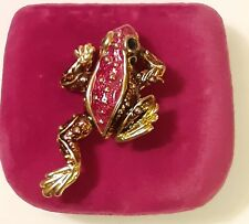 Vintage Frog Pin Brooch Pendant in Red Brown, and Black Enamel with Gold Trim