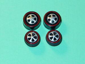 Hot Wheels Redline REPRO WHEELS 2 Small & 2 Medium US Black Bearing Set of 4