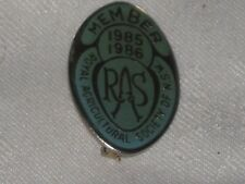 A 1985/86 Royal Agricultural Society of N.S.W. Member Clasp Back Badge No 9096